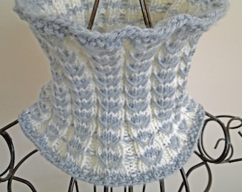 Silver and White Narrow Cowl
