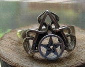 Vintage  Sterling Silver Men's or Women's Ring with a Pentagram and Triangle Symbol Size 11