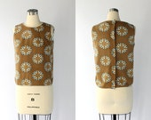 1960s Sleeveless Cotton Top with Back Buttons // British Flag Print Blouse // Small - Medium