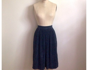 Vintage 1980s high waisted navy blue corduroy pleated skirt