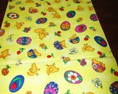 EASTER TABLE RUNNER Yellow Chicks and Eggs Print