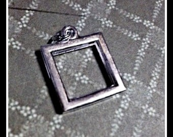 Picture Frame Pendant Photo Frame Pendant Antiqued Silver Square 21mm