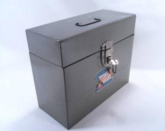 File Box with Key Pearl Grey Metal Versa File Vintage 60s