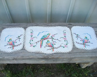 Vintage Linens, Parrots, Three Piece Set