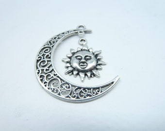 10 sets-Moon and Sun charms, Antique Silver Crescent Moon and Sun charm Pendants 7182 7701