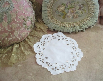 Vintage Doily Ornate Cutwork Embroidered In Silver White Shabby Chic X1