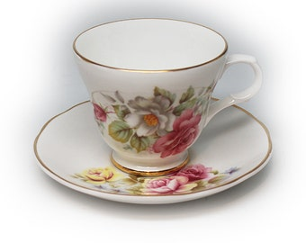 Vintage Sadler Wellington Tea Cup and Saucer, English Bone China, Dreamy Roses.