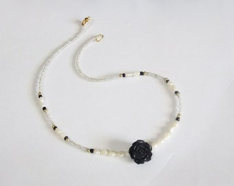 Black Rose Real Pearl Beaded Necklace