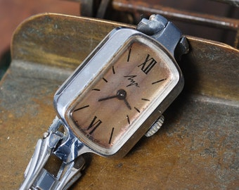 Vintage mechanical woman watch Luch