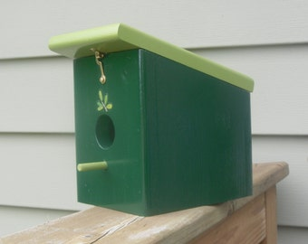 Hunter Green Eden Hanging Birdhouse Handmade