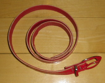 """Vintage Belt - Skinny Red Patent Leather, Red Buckle with Damage, Size 7, 32"""" Long x 1/2"""" Wide"""