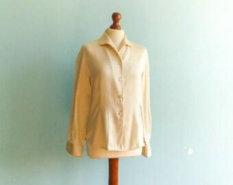 Vintage silk blouse cream / buttoned / small collar / long sleeve / small  medium