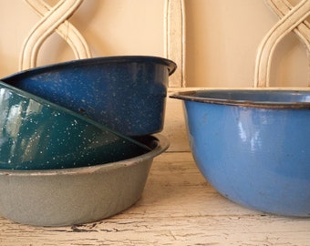 Lot of Turquoise and Teal Enamelware - 4 Colorful Bowls - Instant Collection