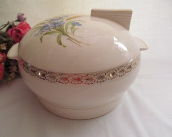 Vintage Covered Vegetable Serving Bowl Triumph Made in USA Limoges Wheatfield Leaf Border