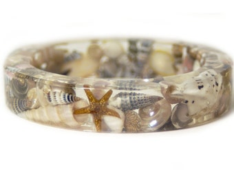 Beach Jewelry -SeaShell Jewelry- Jewelry with real seashells -Beach Bangle- Brown Bangle -Resin Jewelry -Summer Jewelry