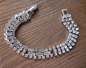 Vitnage 1950s to 1960s Silver Tone Rhinestone Bracelet Wedding Bridal Sparkly 3 Strand