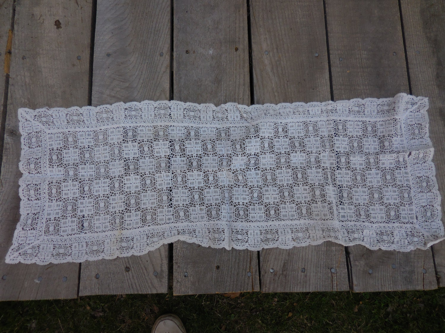 Vintage Dresser Scarf Doily Furniture Protector Lacey Looking