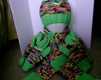 Greenglow and Blacklight Scarf, Hat, Gloves and Mittens Set