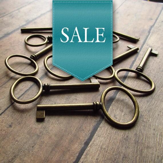 50% OFF SALE! Abbeyglen Antique Brass/Bronze Skeleton Key - Set of 10