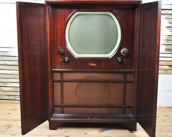 Beautiful Rare Antique Andrea C-VL16 Brown Wooden Armoire Television / Radio -- Please Convo Us For A Shipping Quote