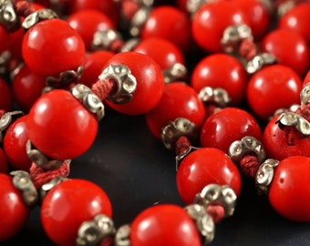 VINTAGE RED glass bead necklace for repair -  supply No.001339