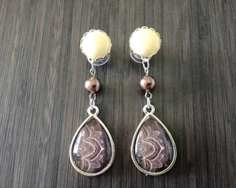 Tribal Teardrop Dangle Ear Plugs, 4g 2g Gauges 0g 00g Dangle Plugs Body Jewelry Gauged Earrings Acrylic/Wood Tunnels/Steel Screw Back Plugs