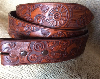 Tinkers Gear Belt, Custom Color & Fit. Quality 7-8 oz. 1 and 1/2 inch Leather Belt, made for easy Buckle changes.