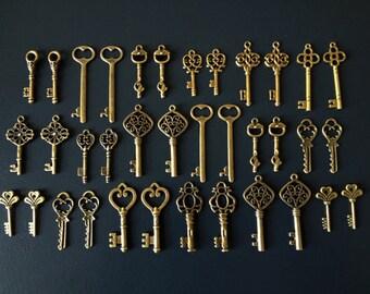 Keys to the Kingdom - Skeleton Keys - 36 x Vintage Keys Antique Bronze Brass Skeleton Key Skeleton Keys Set