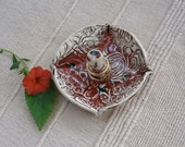 Red ring dish - Ring catcher with flower pattern - Red and white handbuilt ceramic ring stand - Jewelry holder