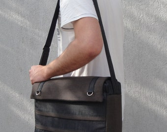 Customizable Laptop Bag for Color Fabric and Size-Laptop COMPARTMENT -7 interior pockets-Messenger Laptop bag Fully Padded-Waterproof lining