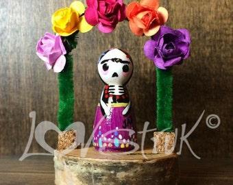 Frida in Arch Way Mini Doll