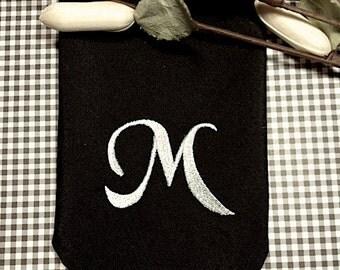 Custom Monogrammed Embroidered Cloth Napkins /Set of 4/ monogram linens, wedding napkins, personalized napkins, table linens, custom napkin
