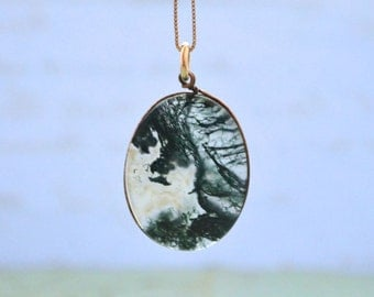 Moss Agate Pendant & 14K Gold Chain