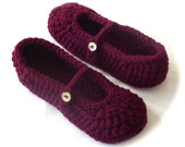 Crochet Slippers, Women Slippers, Ladies Slippers, Womens Marsala Slippers, Size 9 / 10