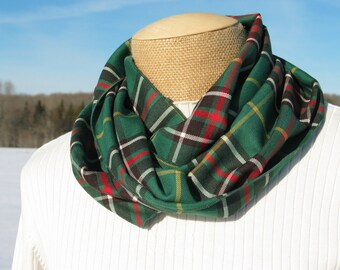 Newfounland Scarf, Newfoundland Tartan Infinity Scarf, NL Green Plaid Tartan Scarf, Infinity Scarf, Made in Canada Scarf,