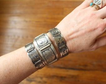 Peru Link BRACELET / Sterling Silver South American Vintage Jewelry / Pre-Columbian Glyphic Icon Bracelet