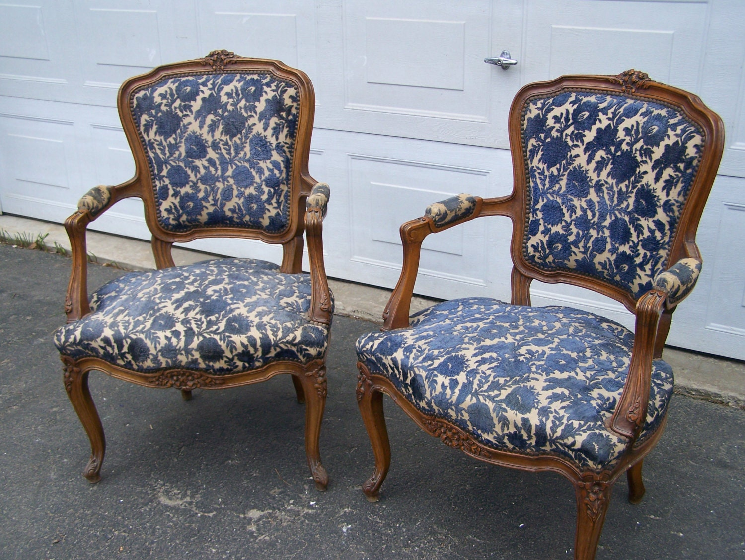 Set of vintage victorian style chairs arm carved wood