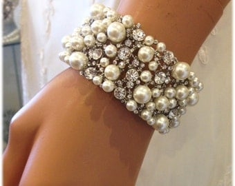 Bridal bracelet, Wedding bracelet, Pearl bridal cuff, crystal cuff, pearl bracelet, wedding jewelry bracelet, evening bracelet, prom jewelry