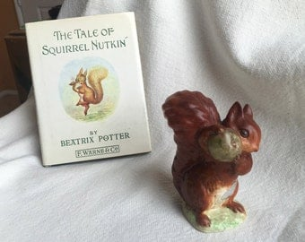 Beatrix Potter Squirrel Nutkin BP-2 Beswick gold oval mark F. Warne & vingage book 1950s