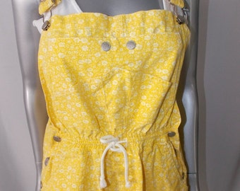 Women's Vintage Gitano / Baggy / Bib Overall Shorts / Large / Floral Romper / Bright yellow / Shortalls / hip Hop / Full House 80s 90s