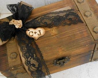 Personalized Wooden Wedding Card Box / Wedding Card Holder / Wedding Trunk / Wedding Card Box / Rustic Wedding / Personalized Card Holder