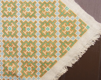 Cross stitch textile for craft // material // fabric // handmade // tribal  // home decor // artisanal // table runner // caramel