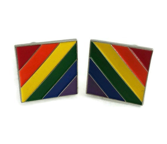 from Isaias cuff gay link