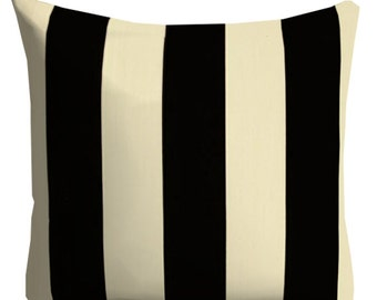 Outdoor Pillows ,Black Ivory Outdoor Pillows,Decorative Striped Outdoor Pillow,Pool pillows,Outdoor Throw Pillows,Patio Pillow, Pillow Cover