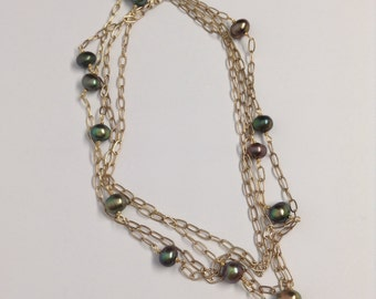 Gold Chain and Emerald Pearl Infinity Necklace