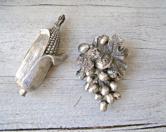 Metallic Fruit Figurines, Vintage Decorative Silvery Cluster Grapes and Corncob, Mid Century Shabby Rustic Party Table Decoration, Harvest