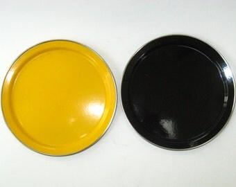 Set 2 Black & Yellow Enamelware Salad Plates - Graniteware Enamel Camping Picnic Dishes