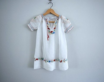 1930s Hungarian blouse . vintage 30s embroidered top