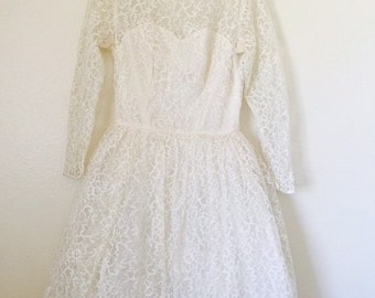 Mid Century Vintage 1950s cream floral lace wedding dress party debutante dress illusion bust tulle & satin Size small medium