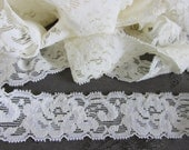 Vintage cream lace, 15 yds floral creamy lace with some stretch, scrapbooking lace, DIY weddings supplies, sewing supplies, lace ribbon, 1B